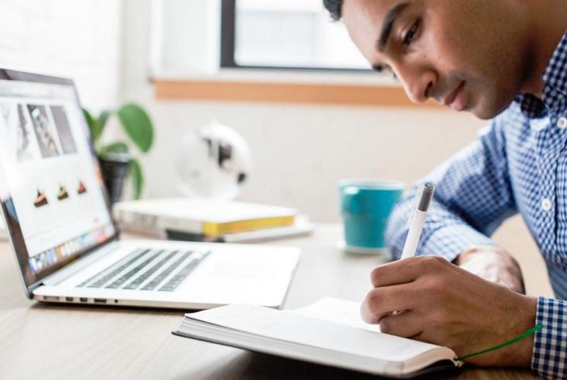 個人ユーザーがトラリピ利用のために投資家登録をする際に必要な本人確認書類について